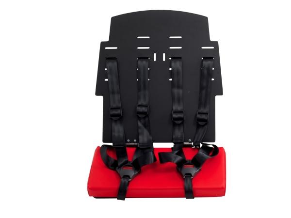 Die Sitzbank Kann Auch Mit Zwei Gurtsystemen Ausgestattet Werden.